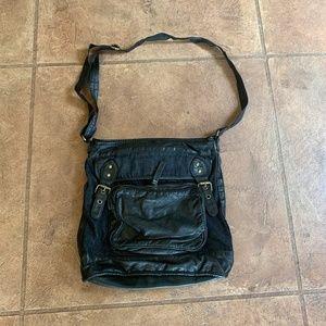 Converse purse shoulder handbag black leather